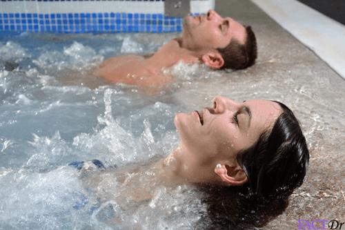 Balneotherapy jacuzzi