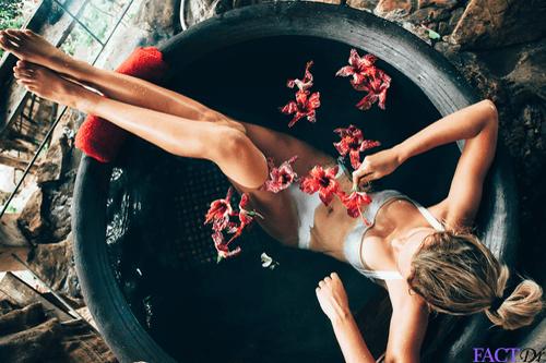 Balneotherapy woman